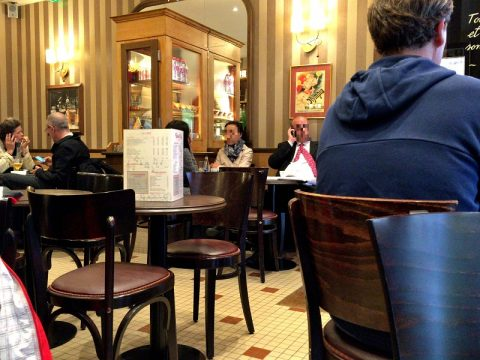 オペラ座近くのお気楽カフェOPERA CAFE(パリ)でランチ!