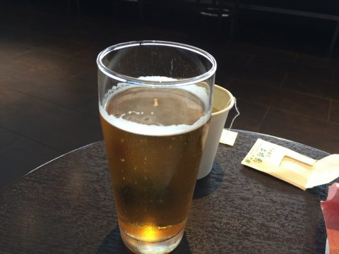 羽田空港サクララウンジでビール飲み比べ!
