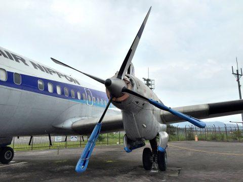 コウノトリ但馬空港 飛行機展示