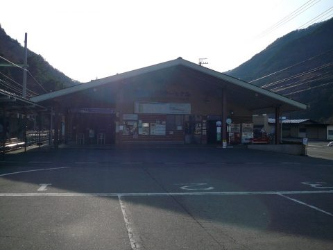 松本電鉄上高地線で新島々へ!ローカル線終着駅には何がある?