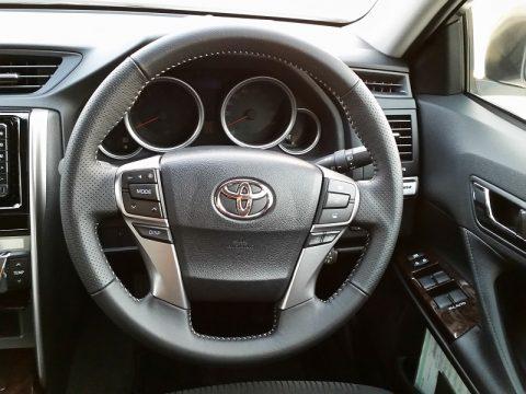 TOYOTA新型「マークX」は燃費が悪い?トヨタレンタカーで試乗レビュー!