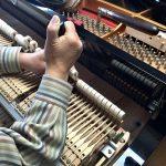 調律師に聞く、ピアノのハンマーの交換費用はいくら?