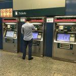 シンガポールMRTの券売機でez-linkカードをトップアップ。チャージ額の目安は?