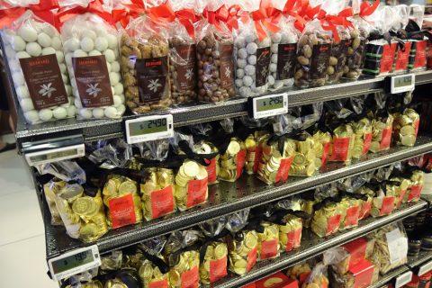 マリーナベイサンズのスーパーCold-Storageで売られているチョコレート