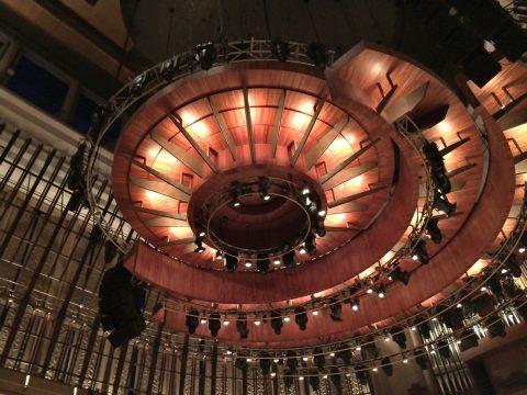 エスプラネードコンサートホール天井のカタツムリデザイン