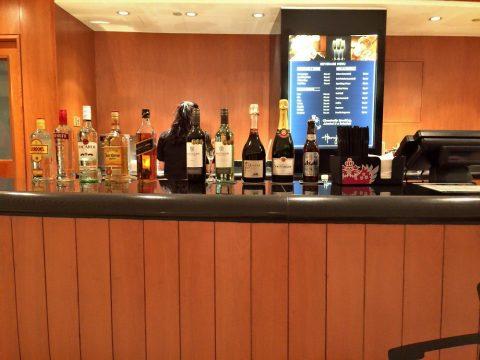 シンガポール交響楽団/エスプラネードコンサートホールのアルコールの銘柄
