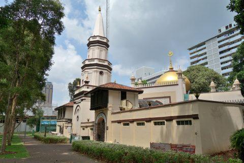 ハジャ・ファティマ・モスクの外観
