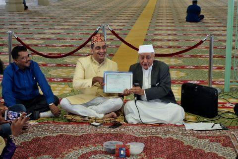 サルタン・モスクで結婚