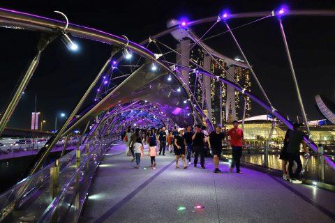 シンガポールHelix-Bridge光の橋