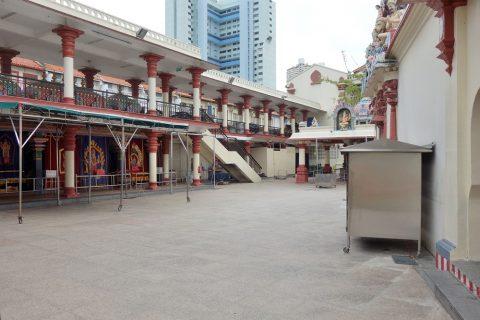 スリ・マリアマン寺院(シンガポール)の中庭