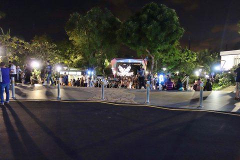 ウィングス・オブ・タイム‐プレミアムシートのゲート