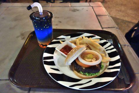 ナイトサファリのレストランBONGO BURGERSのボンゴビーフバーガー