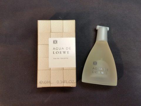 "JALファーストクラスの高級アメニティ""LOEWE""の香水"