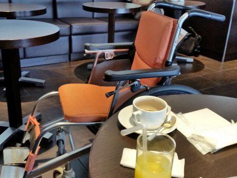 サクララウンジは車椅子で利用可能