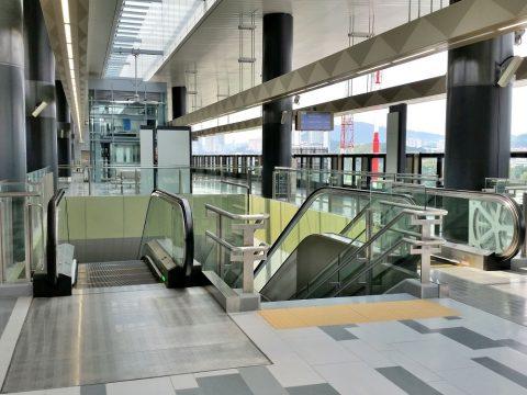 MRT-Sungai Buloh駅のプラットホーム