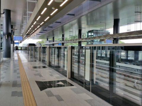 クアラルンプールMRTのSemantan駅のプラットホーム