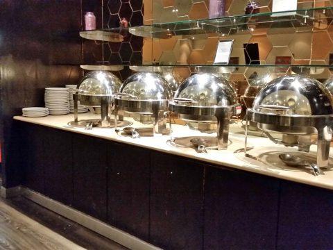 マレーシア航空ゴールデンラウンジサテライトの料理メニュー