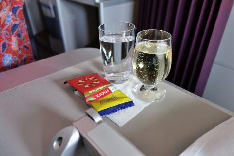 マレーシア航空A330ビジネスクラスのシャンパンDUVAL-LEROY