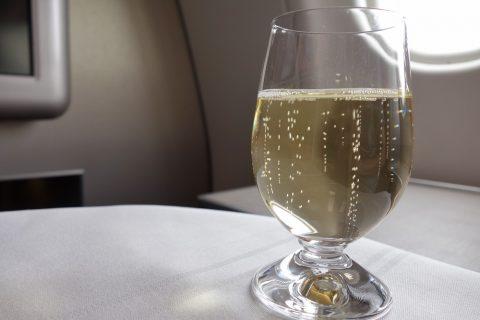 マレーシア航空ビジネスクラスのシャンパン