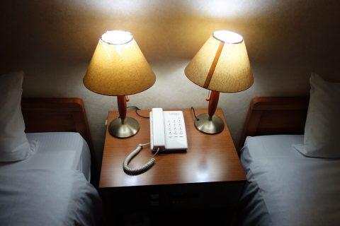 ホテル共和のツインベッド