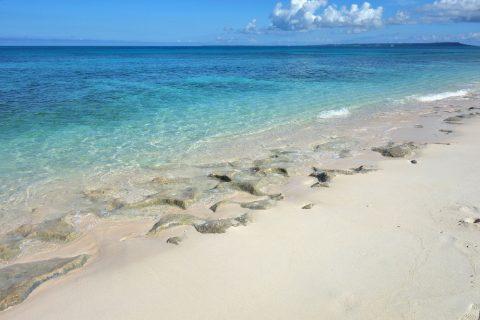 長間浜の砂浜