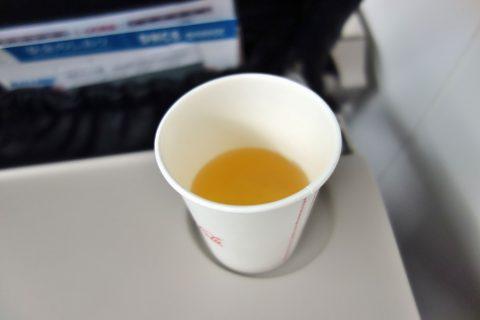 琉球エアコミューターRAC/DHC8-Q400CCのドリンクはさんぴん茶