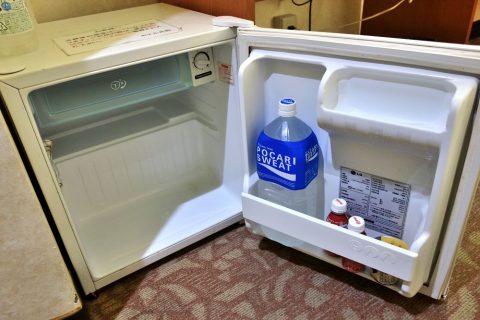 ホテル共和エコノミーツインの冷蔵庫