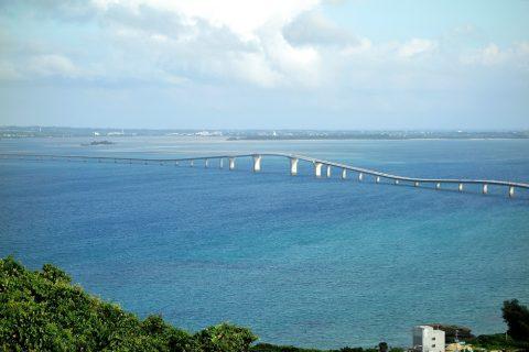 伊良部島/牧山展望台から見る伊良部大橋の全容