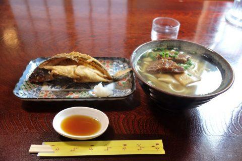庶民の味処「金吾」の料理