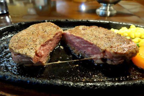 宮古島の喫茶店レオンの宮古牛ステーキの味