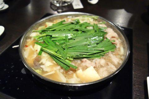 博多もつ鍋のやま中赤坂店のもつ鍋しょう油味