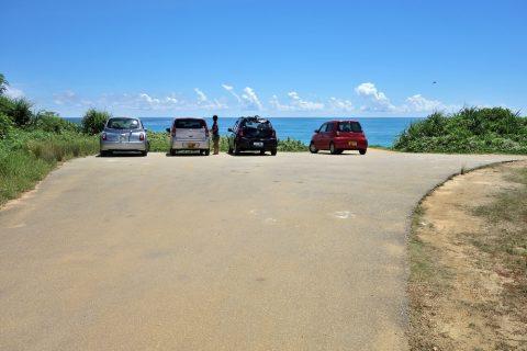 来間島のプライベートビーチ「ムスヌン浜」駐車場