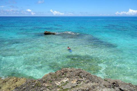 来間島のプライベートビーチ「ムスヌン浜」美しい海