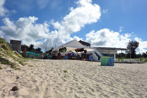宮古島前浜ビーチで泳ぐ