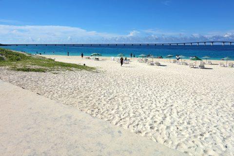 宮古島前浜ビーチの真っ白な砂浜