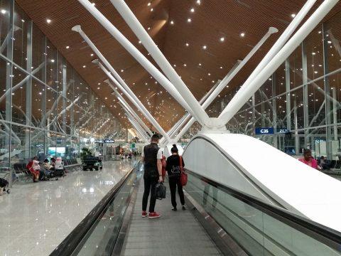 クアラルンプール国際空港到着