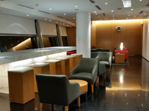 CATHAY-PACIFIC-First-and-Business-Class-Lounge装飾