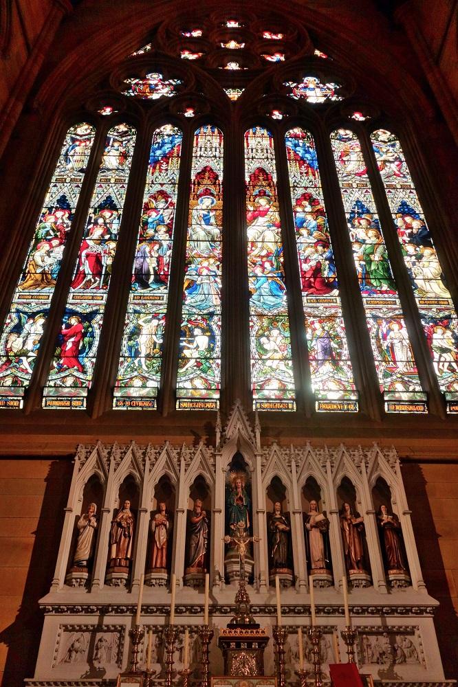 St-Marys大聖堂のステンドグラス