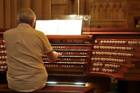 St-Marys大聖堂のオルガンのレバー