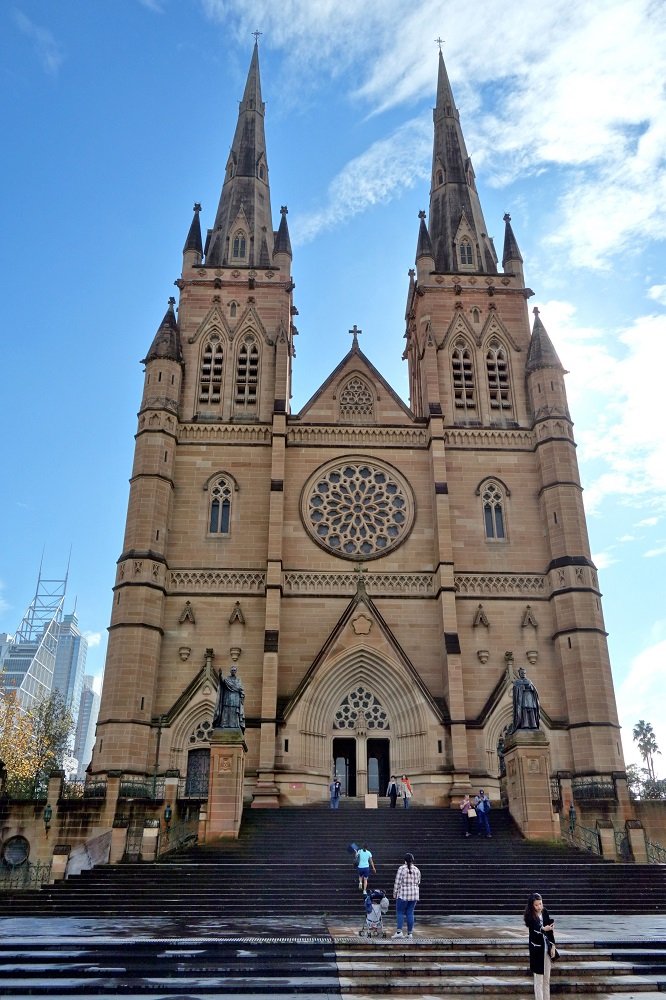 St-Marys教会の正面