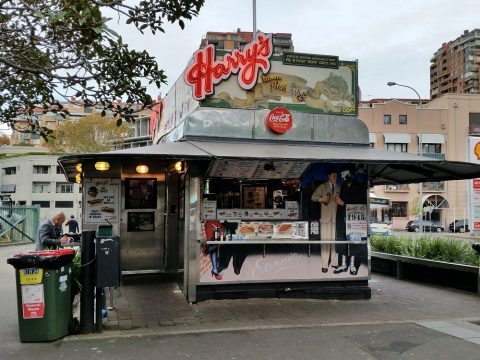 harrys-cafe-de-wheels-Woolloomooloo店の店舗