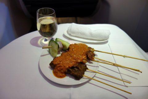 マレーシア航空ビジネスクラス(シドニー~KL)のサテー