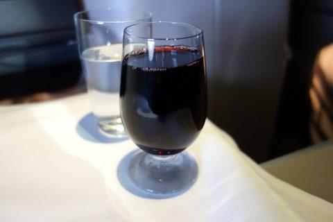 マレーシア航空ビジネスクラス(シドニー~KL)赤ワイン