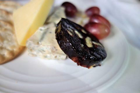 マレーシア航空ビジネスクラス(シドニー~KL)4種のチーズ