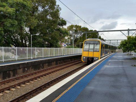 Banksia駅からKings-crossまで乗車
