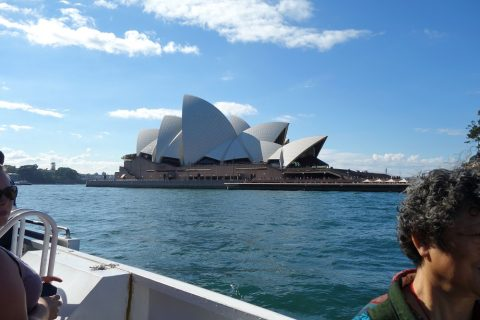 シドニー・フェリーから見えるオペラハウス
