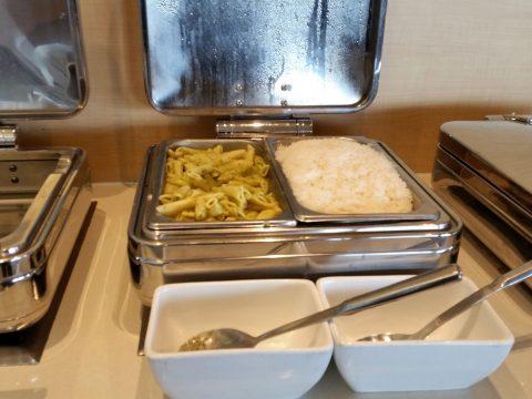 シドニー空港カンタス航空ビジネスラウンジAll-Diningメニュー