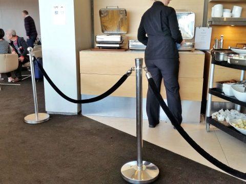 シドニー空港カンタス航空ビジネスラウンジビュッフェエリア