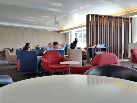 シドニー空港カンタス航空ビジネスラウンジ