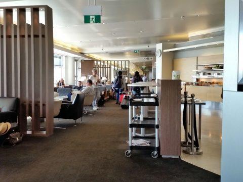 シドニー空港カンタス航空ビジネスラウンジエリア